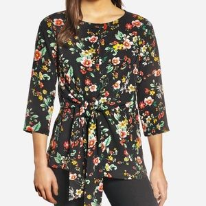 NWT Gibson Floral Tie Top